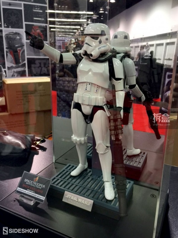 Sideshow Star Wars Celebration 2015 Booth (12)
