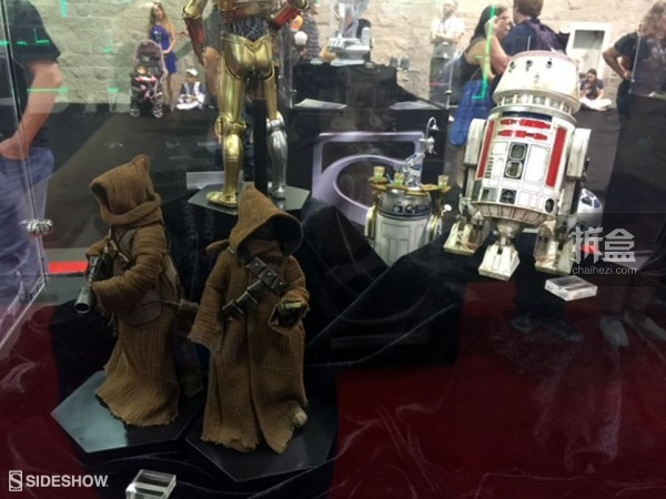 Sideshow Star Wars Celebration 2015 Booth (16)