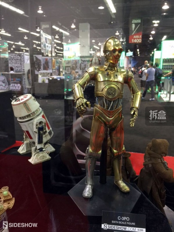 Sideshow Star Wars Celebration 2015 Booth (18)