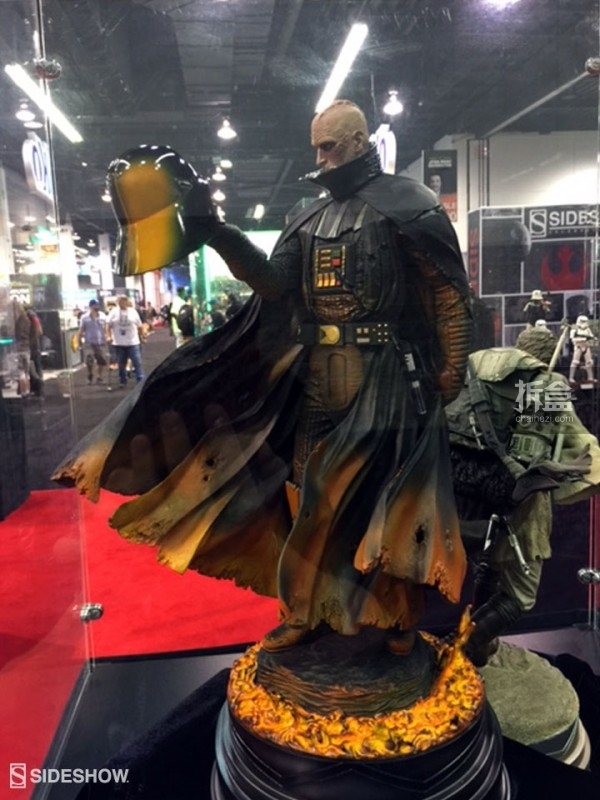 Sideshow Star Wars Celebration 2015 Booth (25)
