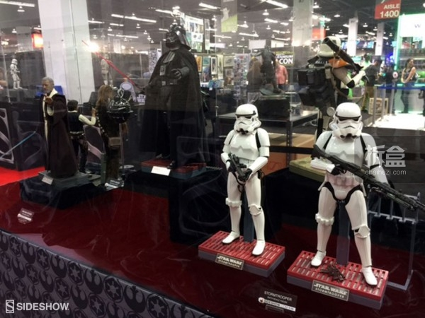 Sideshow Star Wars Celebration 2015 Booth (9)