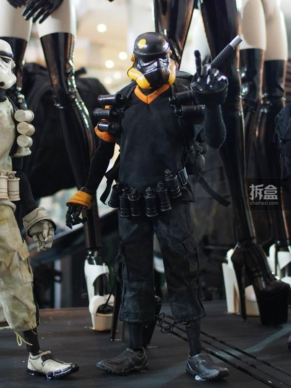 孤星战士黑色TK旧化版(Lonely Star Warrior TK Dirty Noir Sergeant)