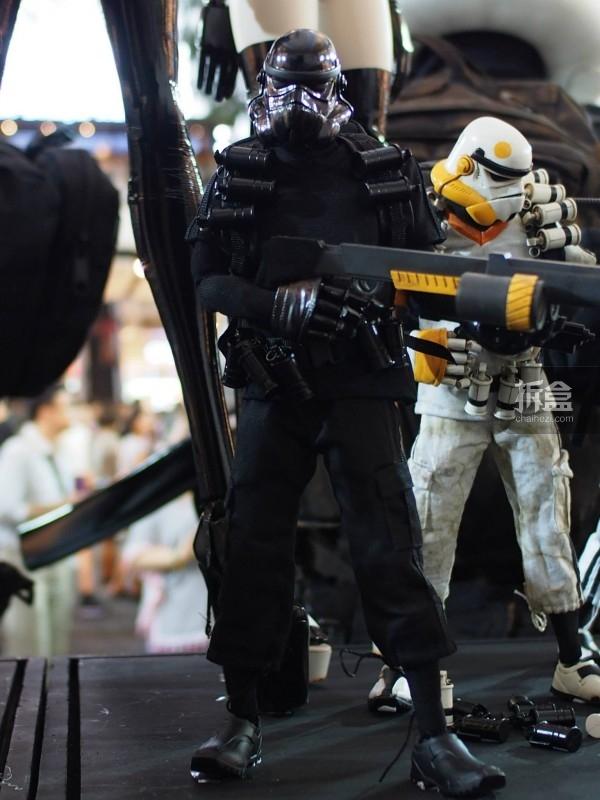 孤星战士黑色TK(Lonely Star Warrior TK Clean Noir Sergeant)