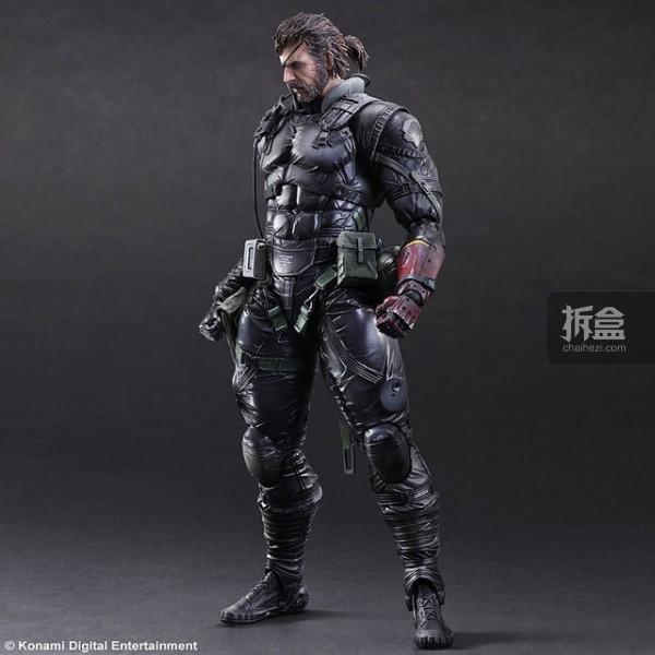PAK-MGSV-snake-Sneaking Suit