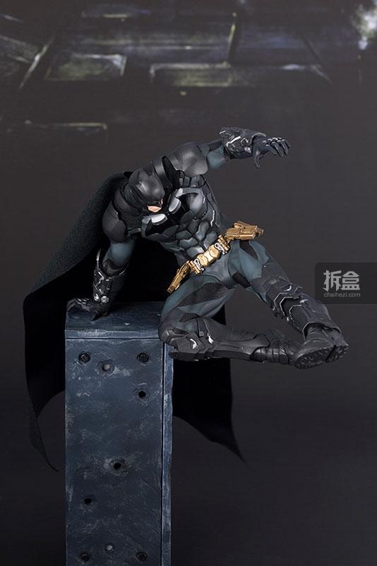 kotobukiya-Arkham Knight-artfx-batman (18)