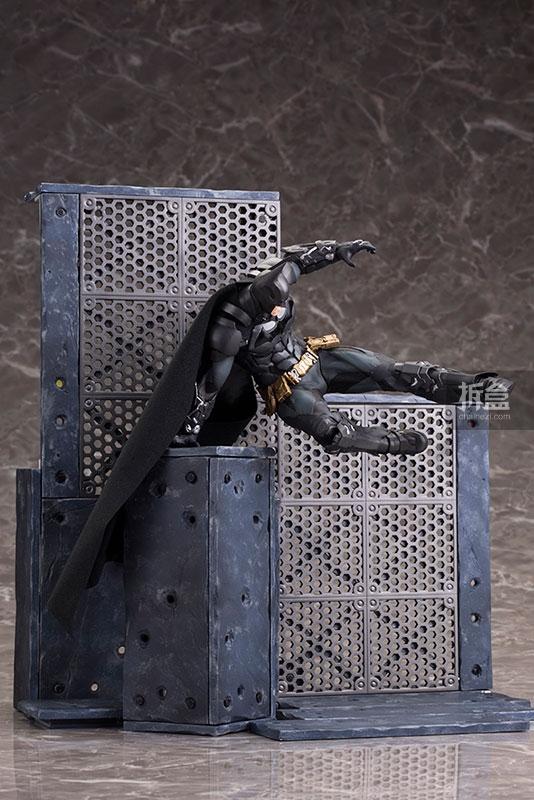 kotobukiya-Arkham Knight-artfx-batman (22)
