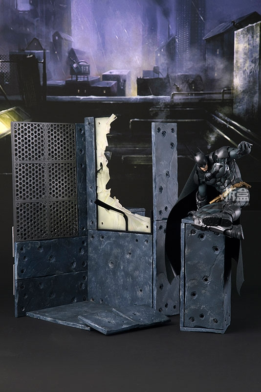 kotobukiya-Arkham Knight-artfx-batman (7)