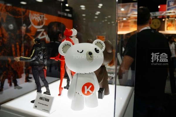 Ashley Wood Kuntsler Bear 小熊