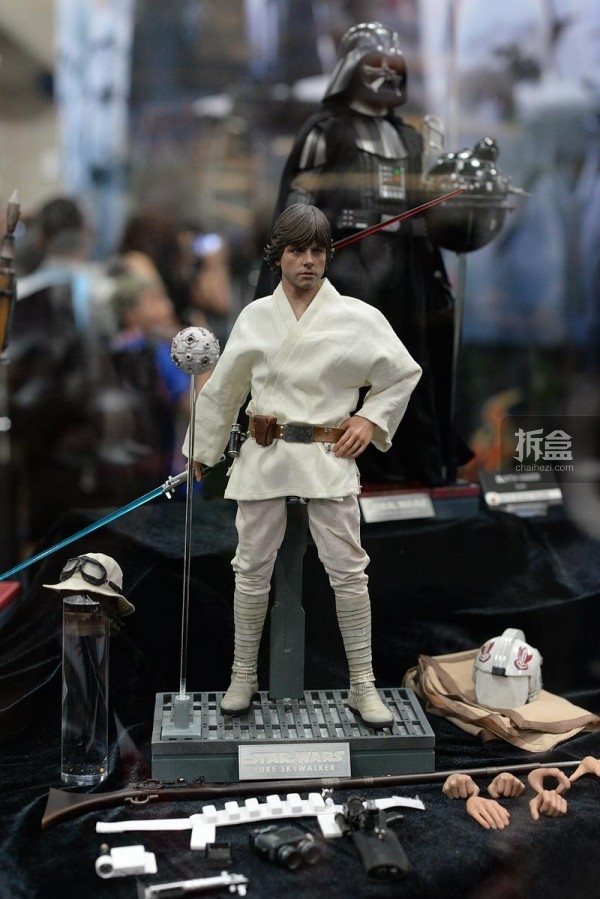 2015SDCC-sideshow-HT-mwctoys(64)