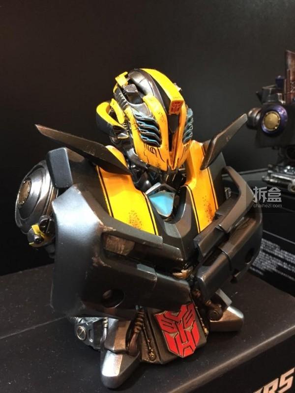 会场限定版大黄蜂胸像