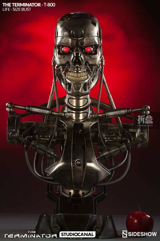 sideshow-Terminator-T800-life-bust (3)