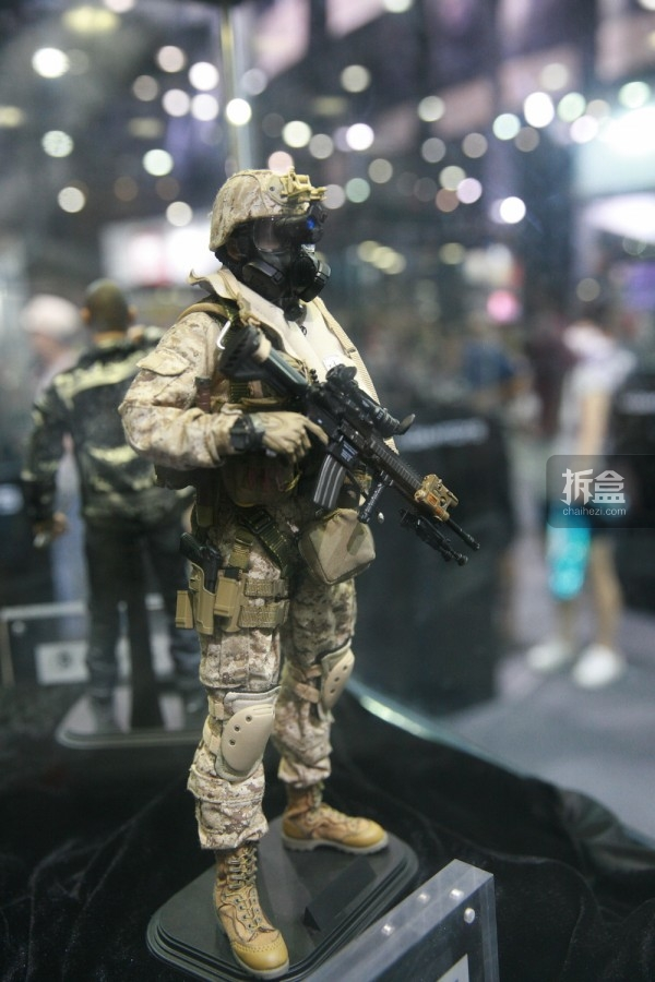 2015CICF-Damtoys-military2