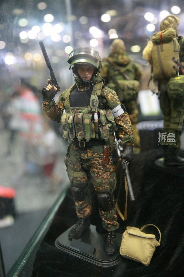 2015CICF-Damtoys-military31