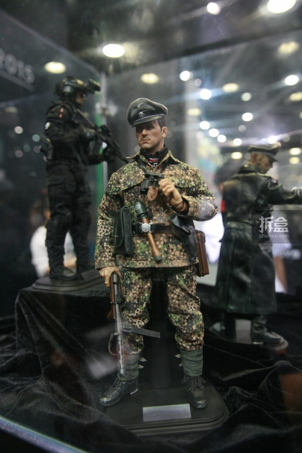 2015CICF-Damtoys-military4
