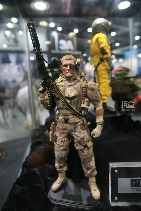 2015CICF-Damtoys-military41