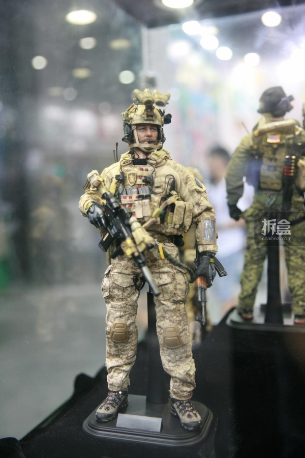 2015CICF-Damtoys-military9
