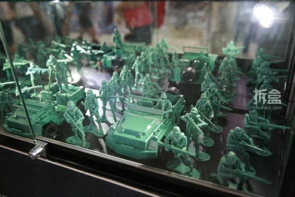 会场限定绿车+兵人套装
