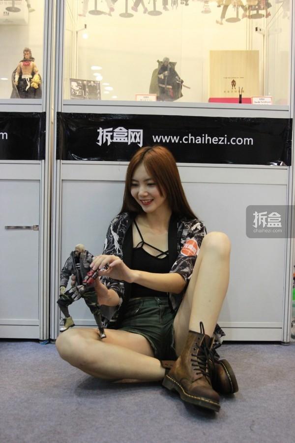 cicf-2015-chaihe-booth-showgirl13