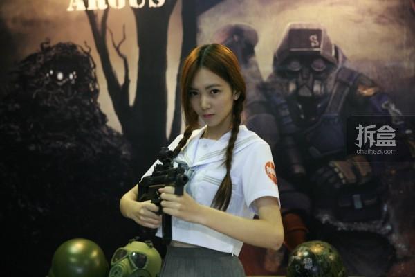 cicf-2015-chaihe-booth-showgirl24