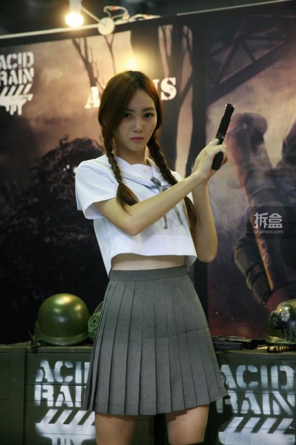 cicf-2015-chaihe-booth-showgirl25