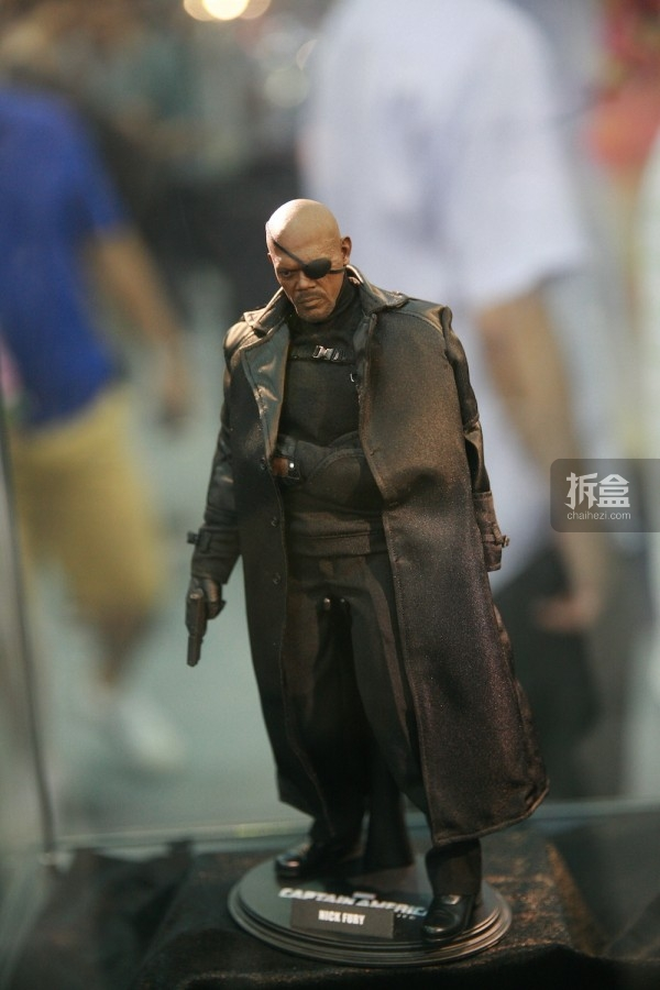 hottoys-cicf-2015-17