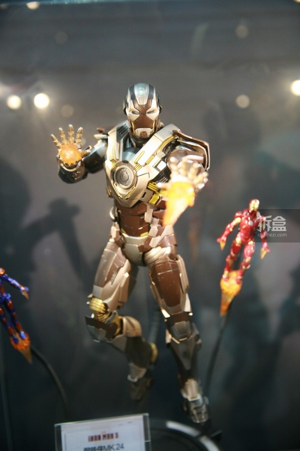 hottoys-cicf-2015-55