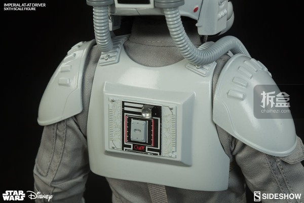 star-wars-imperial-at-at-driver-sideshow (11)
