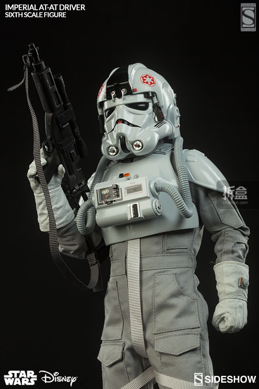 star-wars-imperial-at-at-driver-sideshow (3)