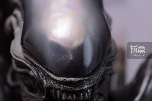 ht-big-chap-alien-bernd-11