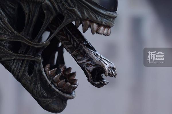 ht-big-chap-alien-bernd-23