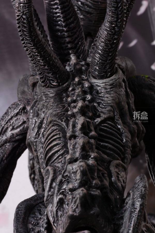 ht-grid-alien-bernd-1