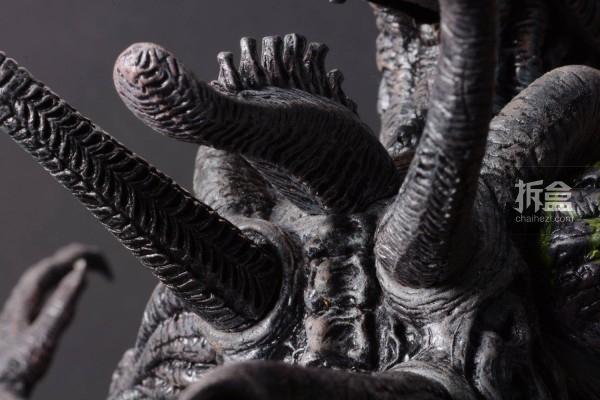 ht-grid-alien-bernd-15