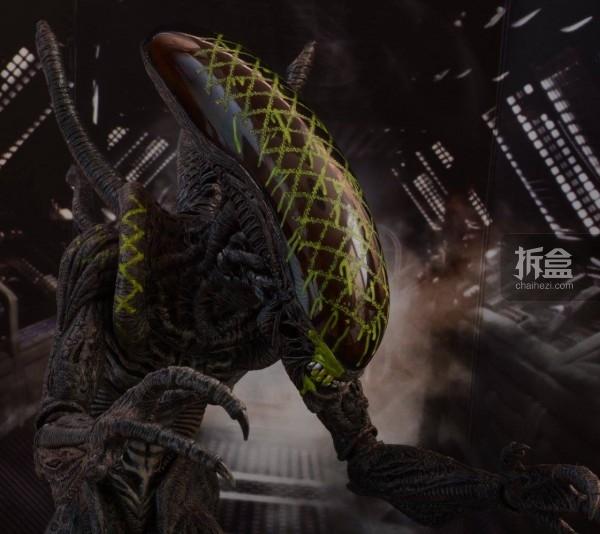 ht-grid-alien-bernd-27