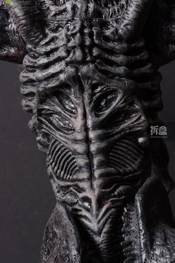 ht-grid-alien-bernd-7