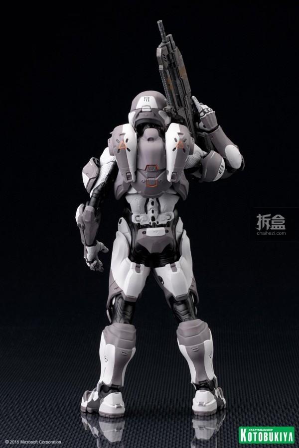 Halo Spartan Athlon ARTFX Statue-11