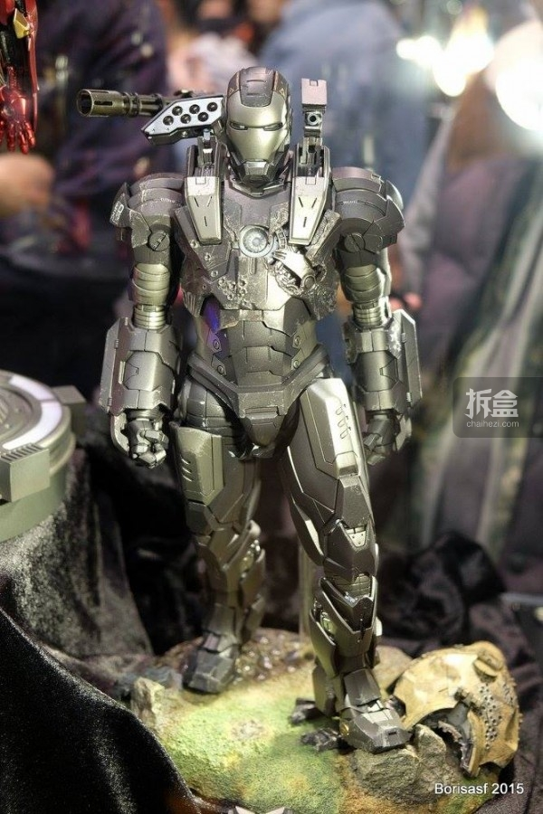 《钢铁侠2》战争机器合金升级版