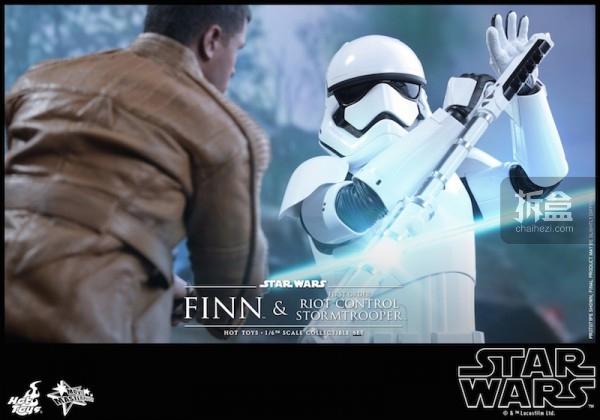 ht-starwars-finn-14