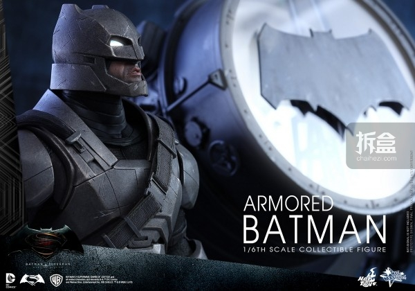 HotToys-ht-BVS-Armored-Batman-Collectible-Figure-preview-007