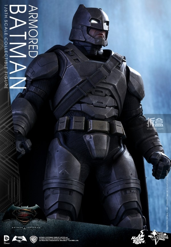 HotToys-ht-BVS-Armored-Batman-Collectible-Figure-preview-016