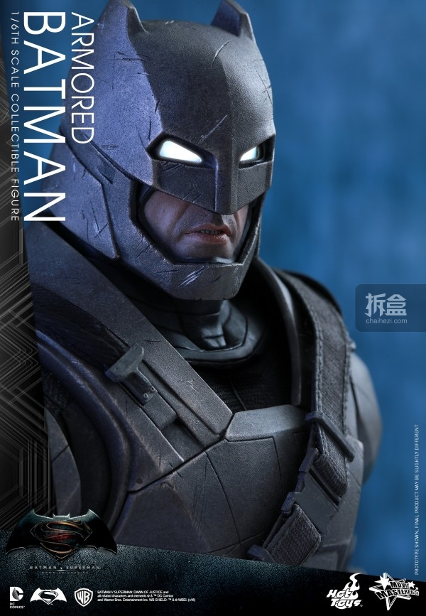 HotToys-ht-BVS-Armored-Batman-Collectible-Figure-preview-017