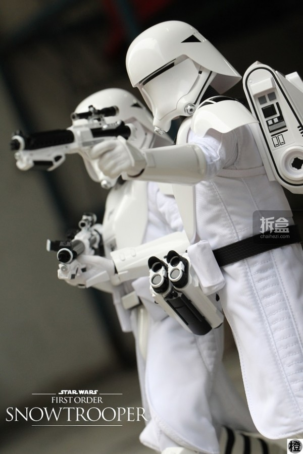 ht-snowtrooper-peter(13)