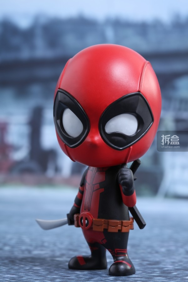 hottoys-cosbaby-deadpool-preview-001
