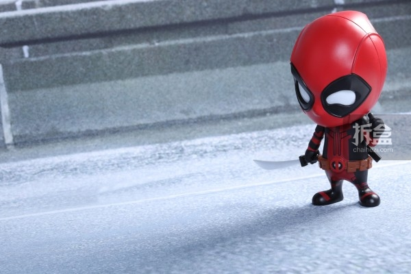 hottoys-cosbaby-deadpool-preview-002