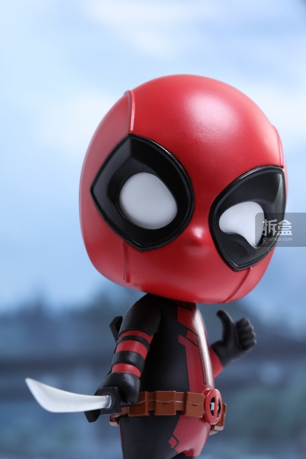 hottoys-cosbaby-deadpool-preview-003