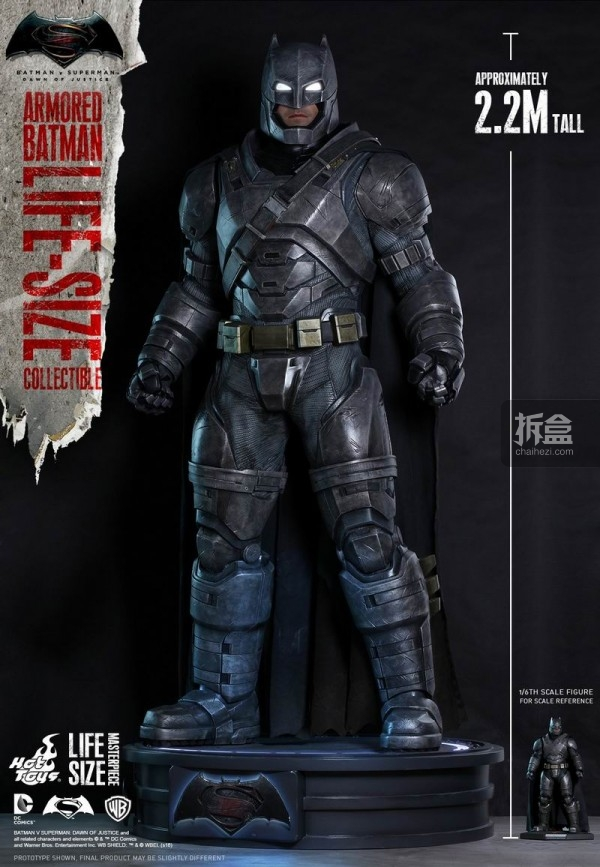 HotToys 1/1全比例《蝙蝠侠大战超人》重甲版蝙蝠侠全身像