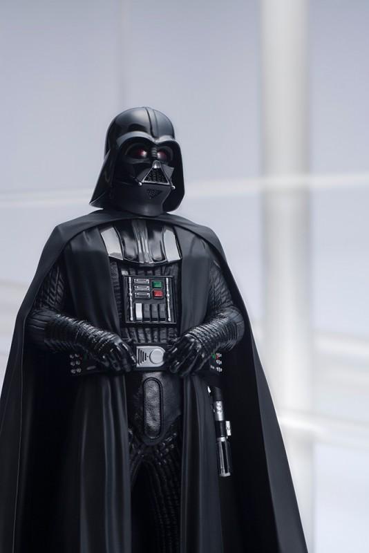 kotobukiya-ARTFX-Darth Vader (8)