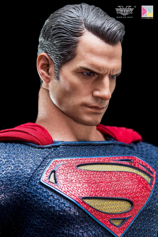 Hottoys-SUPERMAN (13)