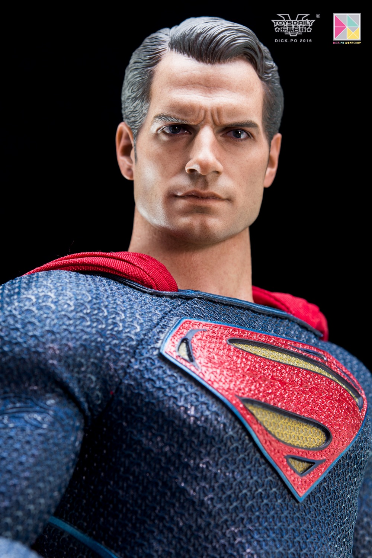 Hottoys-SUPERMAN (14)