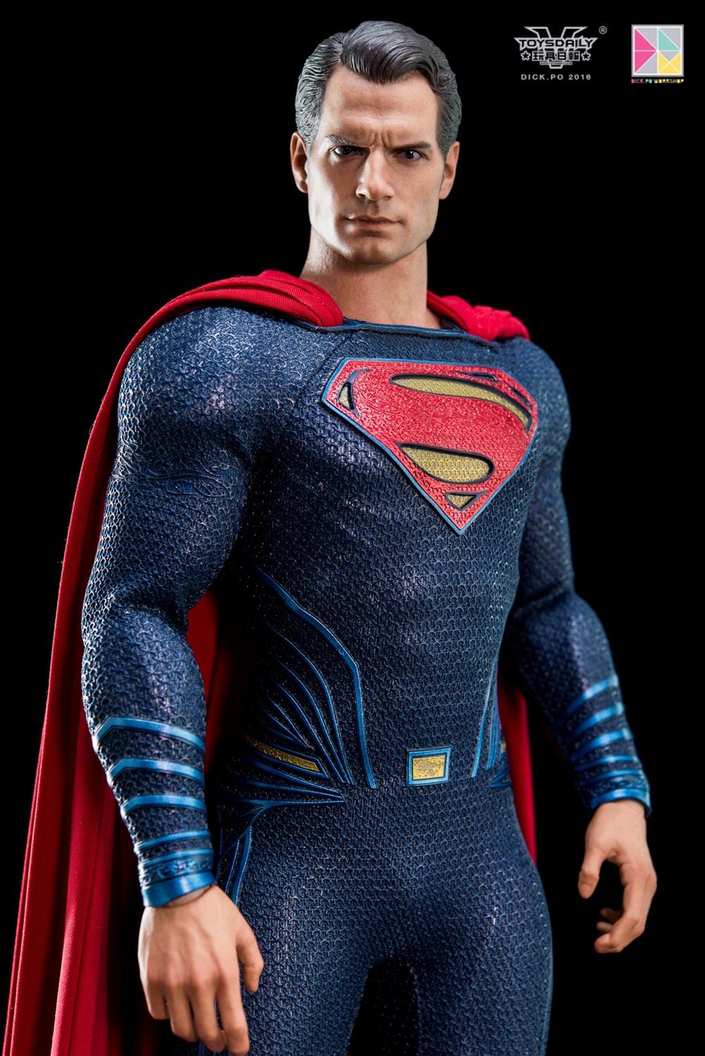 Hottoys-SUPERMAN (15)