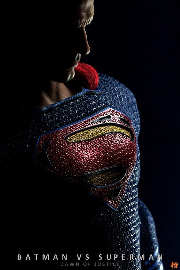 Hottoys-SUPERMAN (2)